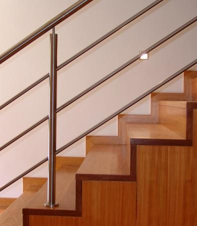 Escaliers  >